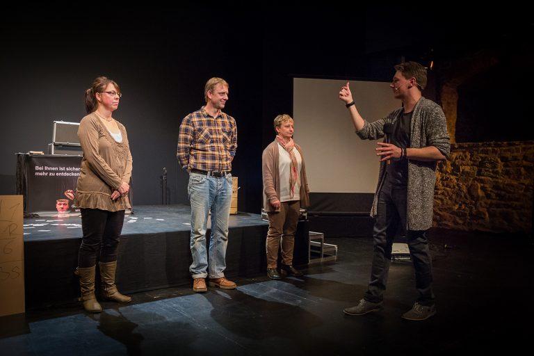 Mentalisten-Show von Thomas und Vincent im Burgtheater in Bautzen.   +++   Aufgenommen am 08.12.2016 von Robert Michalk